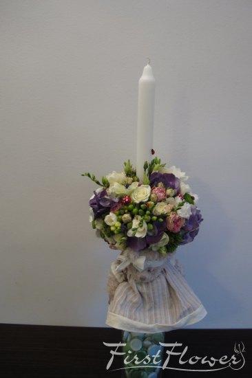 Lumanare De Botez Cu Flori Naturale Si Jucarie De Plus First Flower