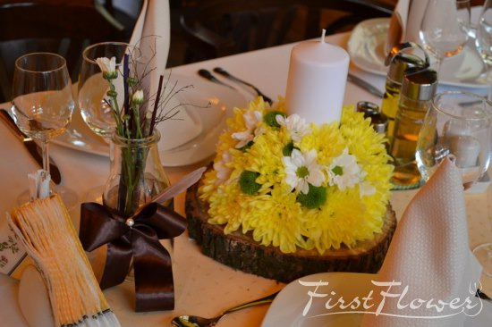 Restaurant kuib sinaia decor nunta sfera cu flori si